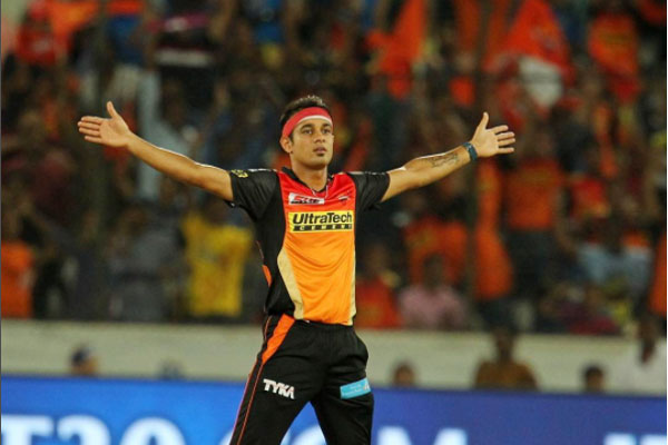 IPL से ठीक पहले इस भारतीय खिलाड़ी ने गुपचुप तरीके से की सगाई, नहीं किया किसी भी खिलाड़ी को आमंत्रित 5