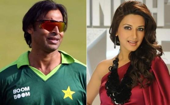 इन बॉलीवुड अभिनेत्रियों ने सारी हदे और सीमाए तोड़ पाकिस्तानी खिलाड़ियों को दिया था दिल, एक ने तो बदल लिया अपना नाम 13