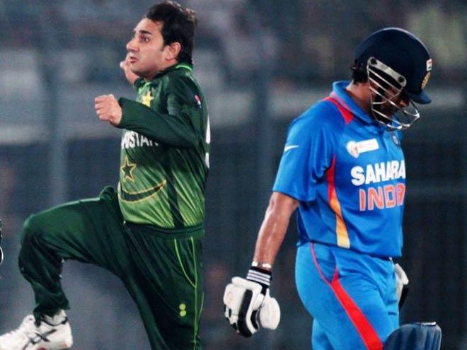 ऋषभ पंत को जगह ना देने पर इस पाकिस्तानी ने भारतीय चयनकर्ताओं को सुनाई खरी-खोटी 3