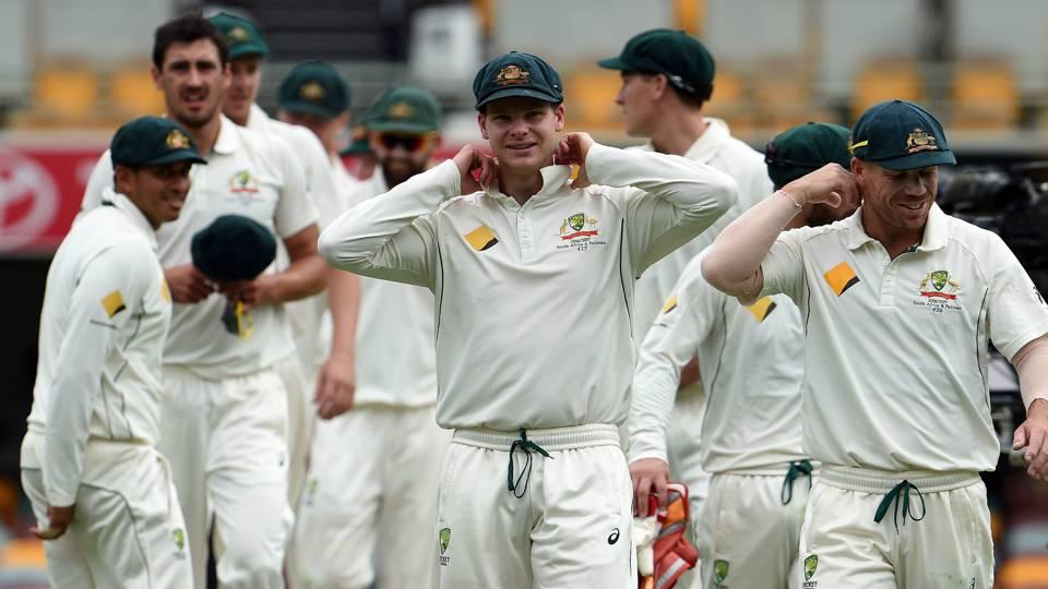 ASHES: तमाम अटकलों के बीच मेजबान ऑस्ट्रेलिया की टीम ने घोषित की अपनी प्लेयिंग XI, जाने वार्नर और मैक्सवेल में किसे मिली जगह 7