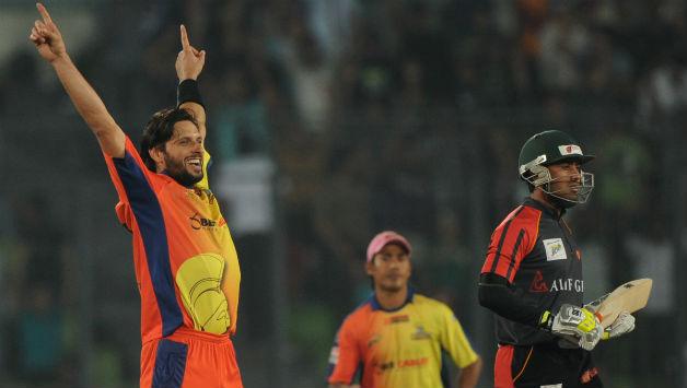 शर्मनाक: बांग्लादेश ने फिर किया क्रिकेट को शर्मसार, मैच के दौरान क्रिकेट स्टेडियम में ही ये शर्मनाक काम करते पकड़ा गया बोर्ड अधिकारी 1