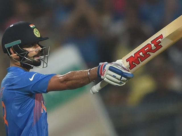 दुनिया के सबसे खतरनाक गेंदबाज शोएब अख्तर सचिन और सहवाग को नहीं बल्कि इस भारतीय बल्लेबाज को गेंदबाजी करने से जाते थे कांप 5