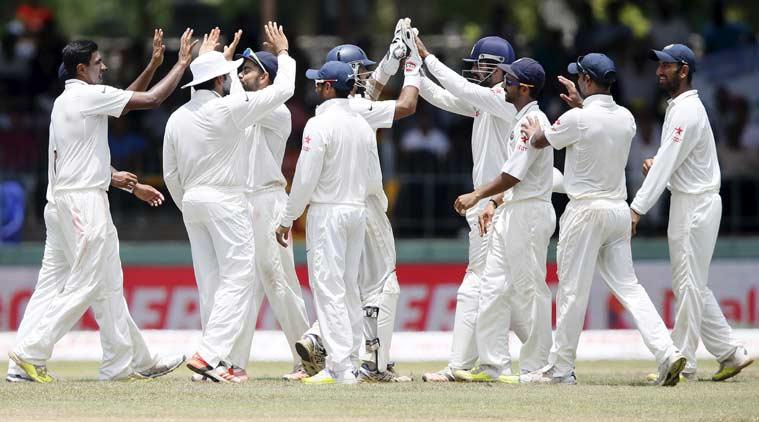 टॉस के दौरान श्रीलंका के कप्तान दिनेश चांडिमल ने बना दिया भारतीय टीम विराट कोहली का मजाक 1