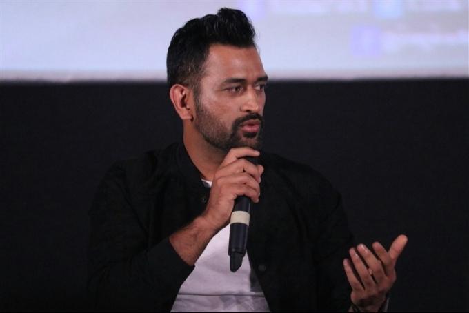 पहली बार महेंद्र सिंह धोनी पर आया विराट कोहली के बचपन के कोच का चौकाने वाला बयान 2