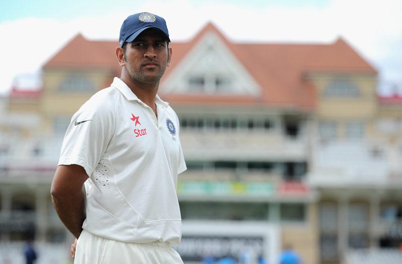 महेंद्र सिंह धोनी को इन तीन कारणों की वजह से नही लेना था टेस्ट क्रिकेट से बिना सोचे समझे सन्यास 13