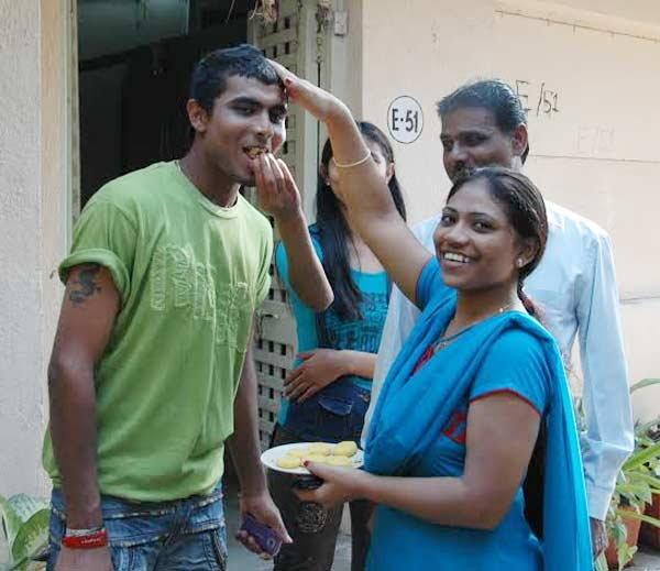 भारतीय टीम में खेलने से पहले गरीबी के कारण दुसरो के घरो में मजदूरी किया करते थे ये खिलाड़ी 16