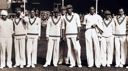 दांत टूटने के बाद भी खेलता रहा यह भारतीय क्रिकेटर और लगा डाला अर्द्धशतक, विरोधी टीम भी जज्बा देखकर रह गयी हैरान 4