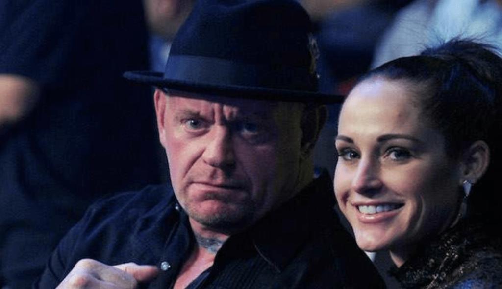 TOP 5: ये हैं WWE रेस्लर की वो पत्नी जिनकी खूबसूरती देख इनसे होंने लगेगी आपको भी जलन 5