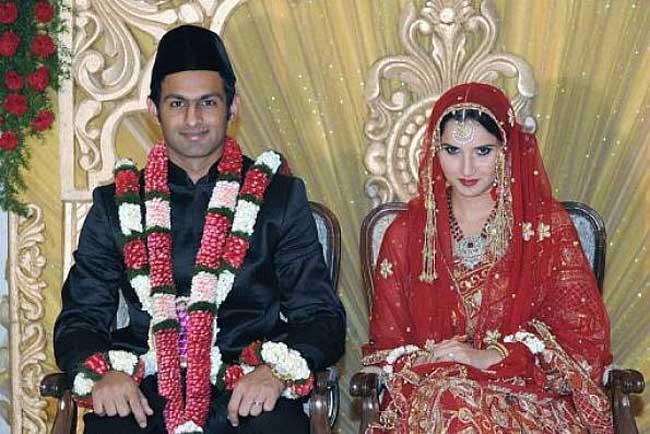 सानिया मिर्जा का नम्बर लेने के लिए शोयब मलिक ने महीनों लगाये चक्कर, शादी के पहले ही सानिया के घर डाल लिया डेरा 5