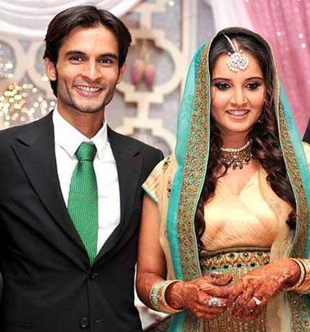 भारतीय टेनिस सनसनी सानिया मिर्जा का रहा है विवादों से नाता, जानिए कैसे खेल से लगातार सगाई और शादी तक रही चर्चा में 3