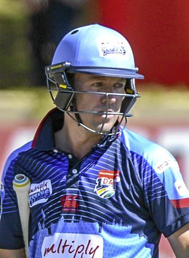 वीडियो- एक बार फिर आया मैदान पर डिविलियर्स नाम का तूफान, मात्र 19 गेंदों में ठोके 50 रन 2
