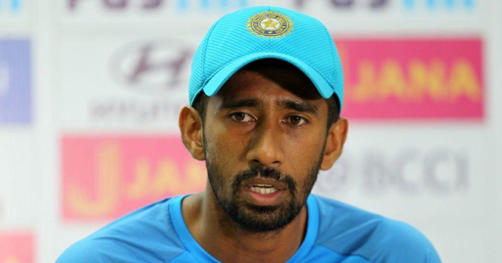 रिद्धिमान साहा से मिलकर महेंद्र सिंह धोनी ने श्रीलंका टेस्ट से पहले साहा को दिया ये विकेटकीपिंग टिप्स, खुद साहा ने किया खुलासा 3