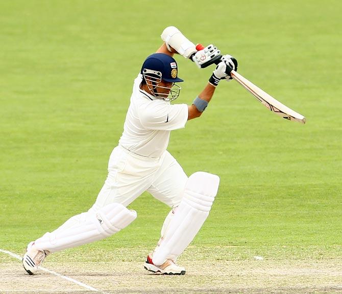 ASHES: मेलबर्न टेस्ट मैच में शतक लगा सचिन से आगे निकले स्टीव स्मिथ, लेकिन गावस्कर से रह गये पीछे 10