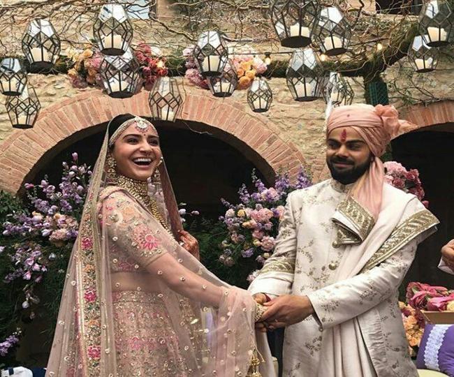 अपने ही शादी में अनुष्का शर्मा से हुई ऐसी गलती जिसके बाद दुनिया के सामने होना पड़ रहा है अब शर्मसार 2