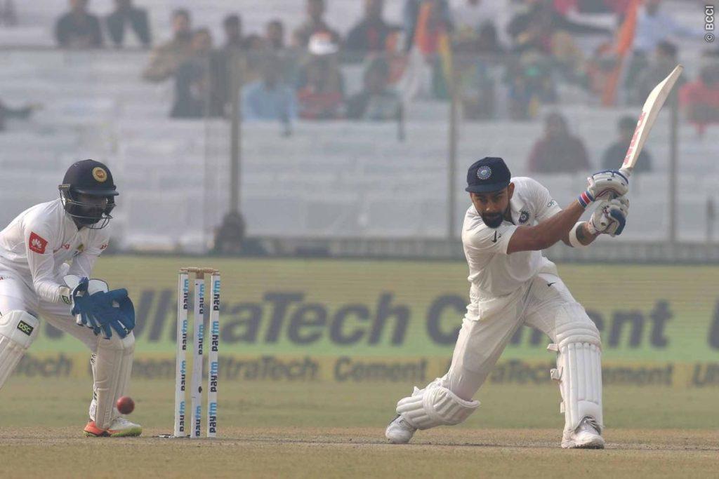 श्रीलंकाई टीम के ड्रामे और विराट कोहली के आउट के बाद भारतीय प्रसंशको ने श्रीलंका टीम को दिया ये नाम 4