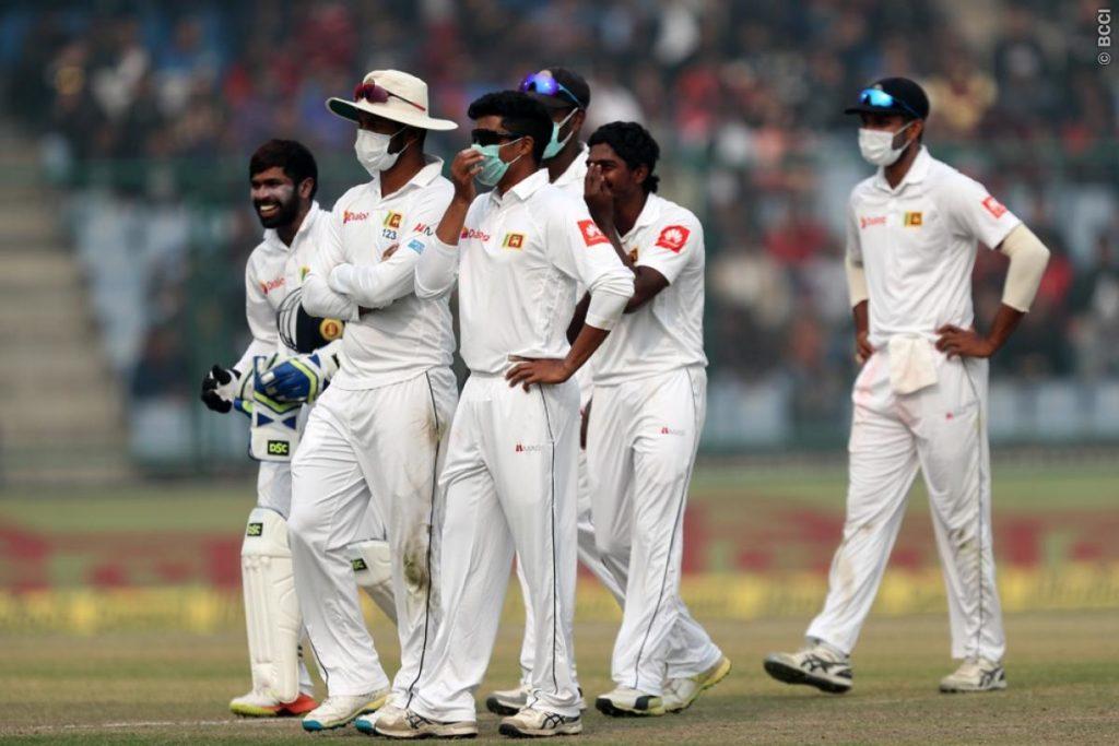 श्रीलंकाई टीम के ड्रामे और विराट कोहली के आउट के बाद भारतीय प्रसंशको ने श्रीलंका टीम को दिया ये नाम 3