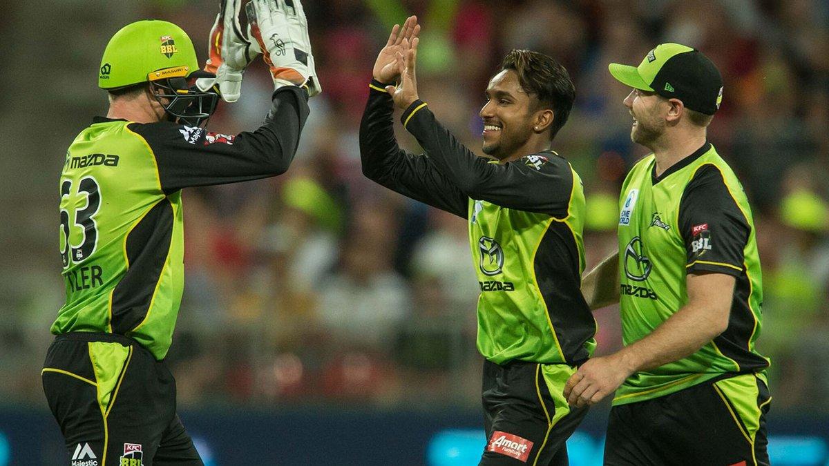 बिग बैश लीग के 11वें रोमांचक मुकाबले में होबार्ट हरिकेन्स को सिडनी थंडर ने दी 57 रनों से मात 1
