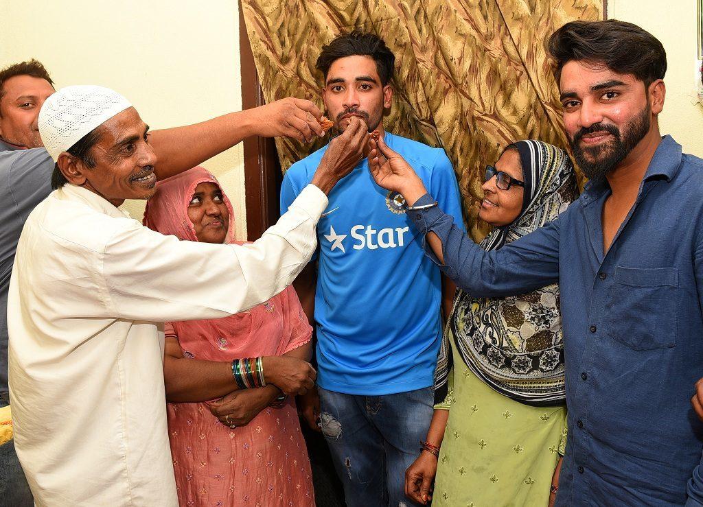 ऑस्ट्रेलिया दौरे पर गए भारतीय क्रिकेट टीम के इस खिलाड़ी के सिर से उठा पिता का साया 2