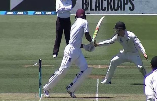 वेस्टइंडीज के इस बल्लेबाज के नाम जुड़ा क्रिकेट इतिहास का सबसे शर्मनाक रिकॉर्ड 1
