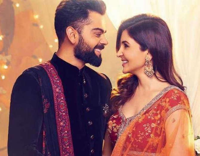 किसने क्या कहा: विराट और अनुष्का की शादी के बाद ट्विटर पर आई बधाईयों की बाढ़, लोगों ने उड़ाया रवि शास्त्री का मजाक 1