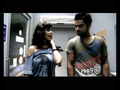 अनुष्का शर्मा नहीं बल्कि इस बॉलीवुड अभिनेत्री के लिए धड़कता है विराट कोहली का दिल साथ कर चुके है काम 4