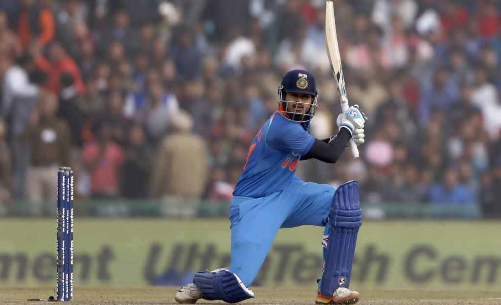 भारत बी को अपनी कप्तानी में देवधर ट्रॉफी का खिताब दिलाने के बाद स्टार भारतीय खिलाड़ी श्रेयर अय्यर ने कोहली पर लगाया ये विराट आरोप 3