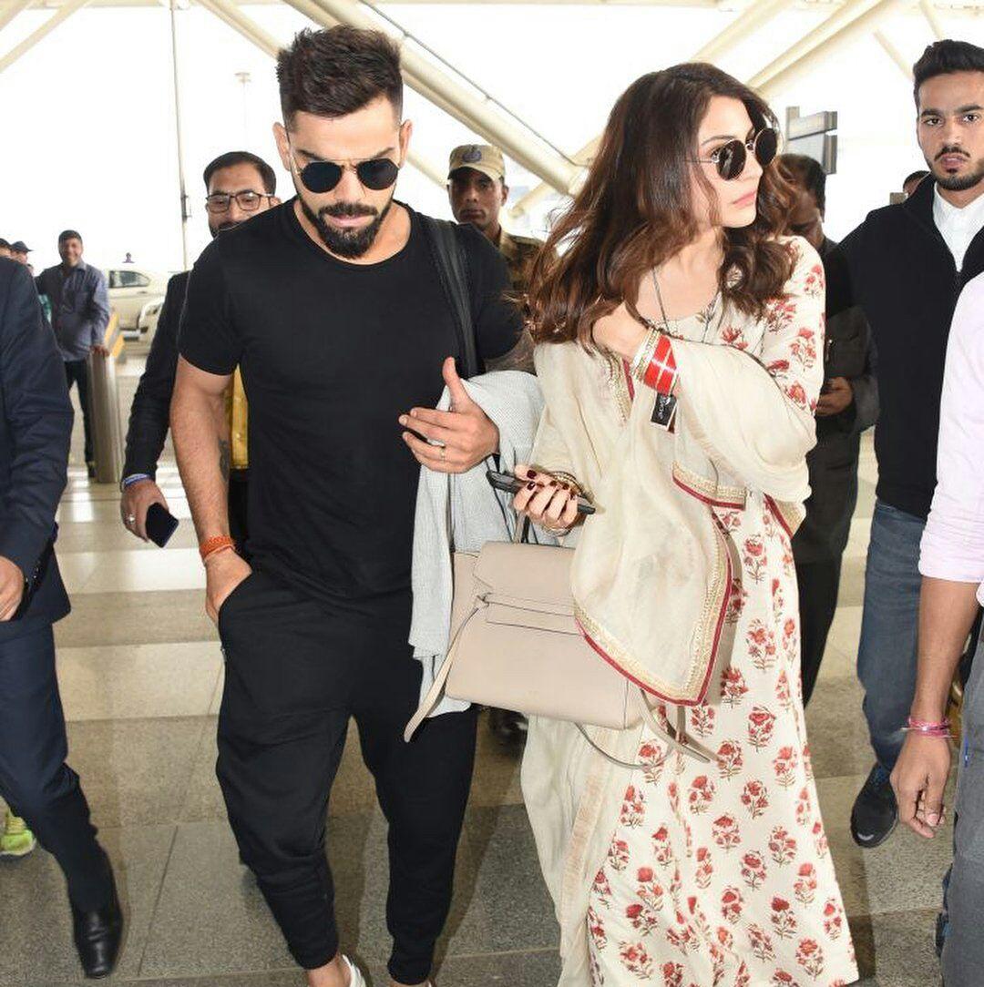 विराट कोहली के शादी के मुंबई रिसेप्शन में भी टीम नहीं लेगी हिस्सा, इस वजह से बोर्ड ने किया खिलाड़ियों को हिस्सा लेने से मना 41