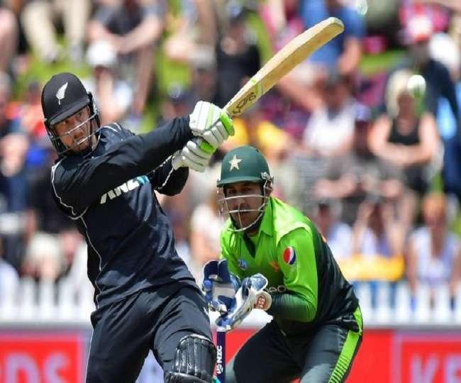 पाकिस्तान के कप्तान सरफराज अहमद को मैदान में आया गुस्सा, अपने इस युवा खिलाड़ी को बीच मैदान में दी गंदी-गंदी गालियां 4