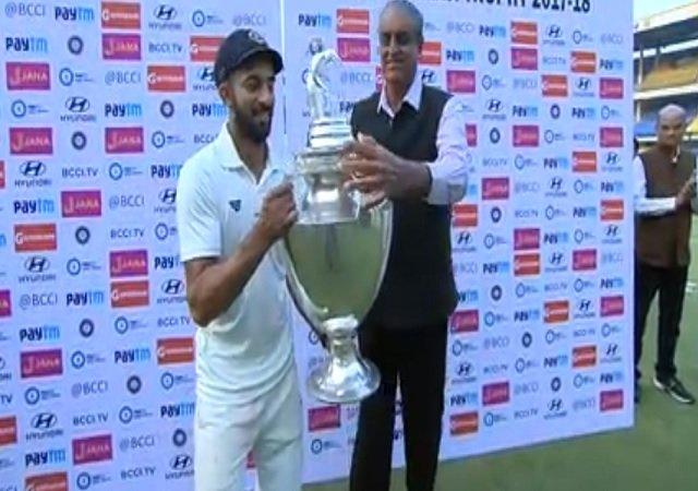 रणजी ट्रॉफी का पहला खिताब जीतने के बाद विदर्भ के कप्तान फैज फजल ने दिया भावुक बयान, भारत के लिए खेलना नहीं इसको बताया अपनी सबसे बड़ी उपलब्धि 3