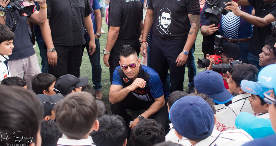 दुबई के बाद अब सिंगापुर में खुली 'धोनी ग्लोबल क्रिकेट एकेडमी', उद्घाटन के मौके माही ने युवा खिलाड़ियों को दिया एक बड़ा सन्देश 20