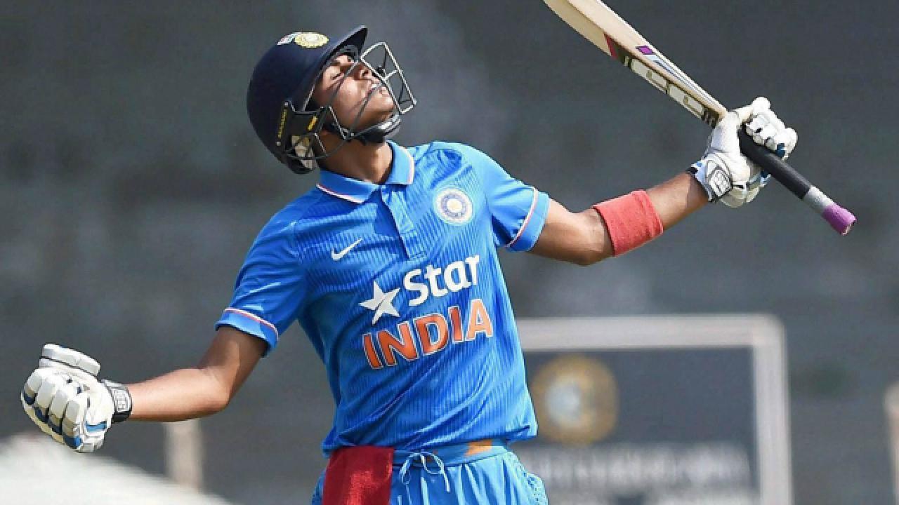अंडर-19 विश्वकप के सुपरस्टार शुभमन गिल ने इस दिग्गज भारतीय खिलाड़ी को दिया अपनी सफलता का सारा श्रेय, कहा... 15
