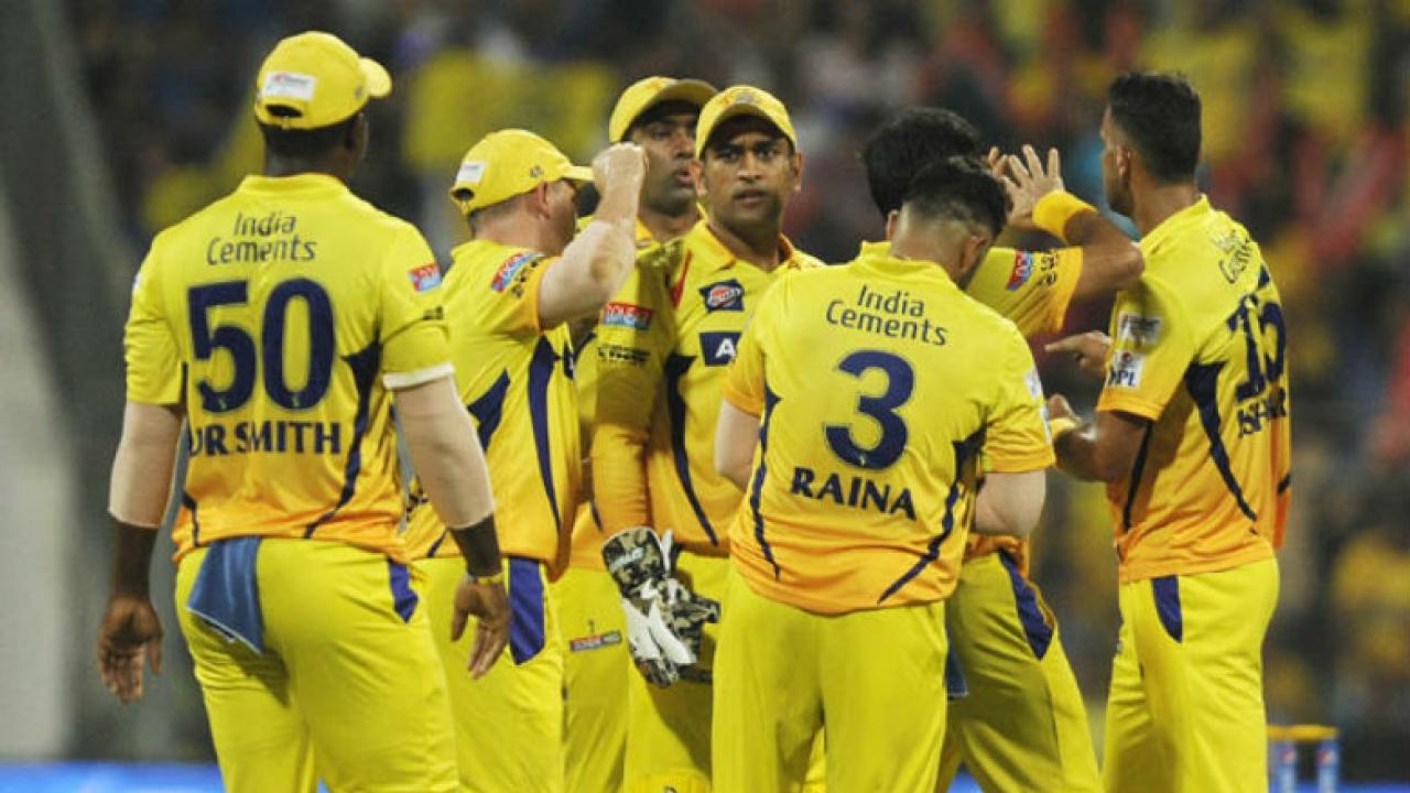 IPL 11: CSK ने किया अपने बॉलिंग कोच के नाम का ऐलान, भारतीय टीम के पूर्व दिग्गज खिलाड़ी को सौंपी यह अहम जिम्मेदारी 1