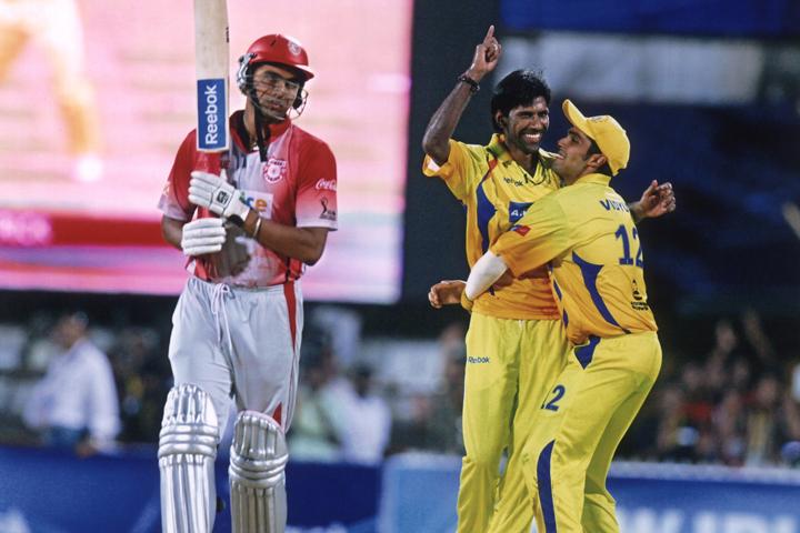 IPL 11: CSK ने किया अपने बॉलिंग कोच के नाम का ऐलान, भारतीय टीम के पूर्व दिग्गज खिलाड़ी को सौंपी यह अहम जिम्मेदारी 3