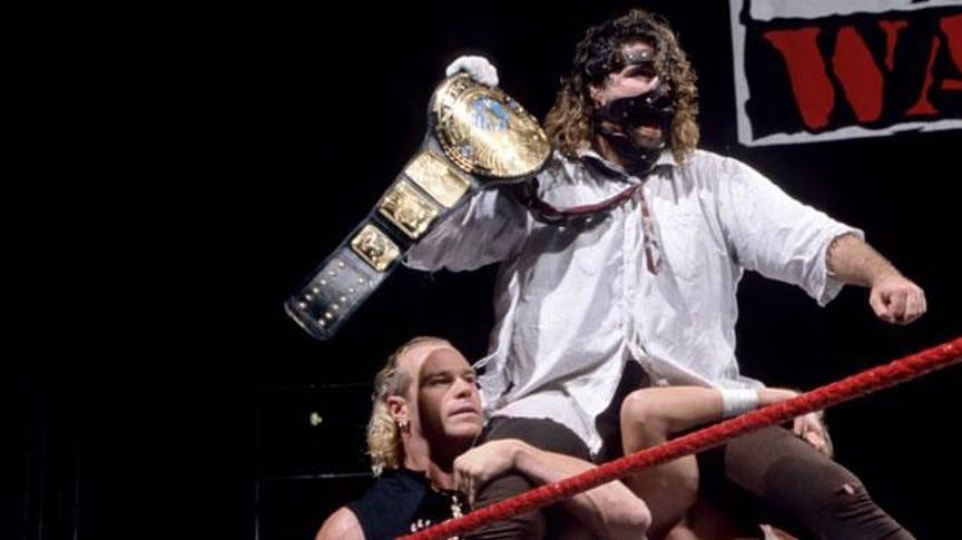90 के दशक में WWE में होती थी ये शानदार चीजे जिसे आज हर फैन्स याद करके झूम उठता हैं, टॉप पर है यह... 7