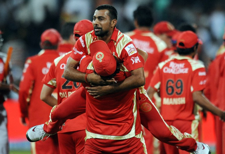 IPL 2018: इस मामले में आईपीएल के सबसे सफल गेंदबाज बने हरभजन सिंह, प्रवीण कुमार के रिकाॅर्ड को तोड़ कर हासिल की यह खास मुकाम 4