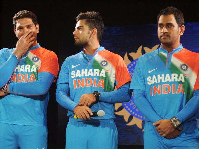 भारतीय क्रिकेट टीम ने इस तिरंगे वाली जर्सी में कभी नहीं खेला कोई अंतर्राष्ट्रीय मैच, जानिये पूरा सच 3