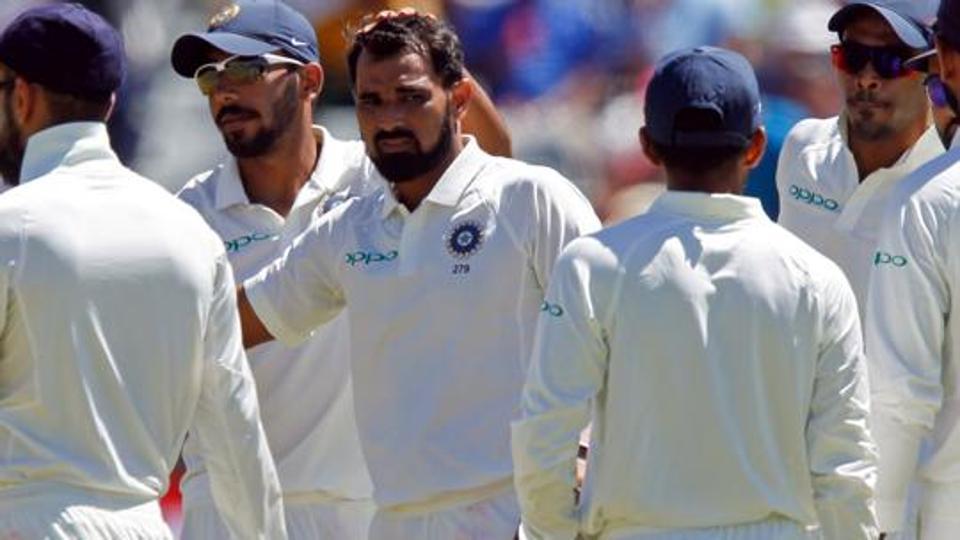 इशांत शर्मा ने दुसरे दिन अपने गेंदबाजी पर लगातार कैच छोड़ने के बाद पार्थिव पटेल और भारतीय फील्डरो को कही ये बात 4