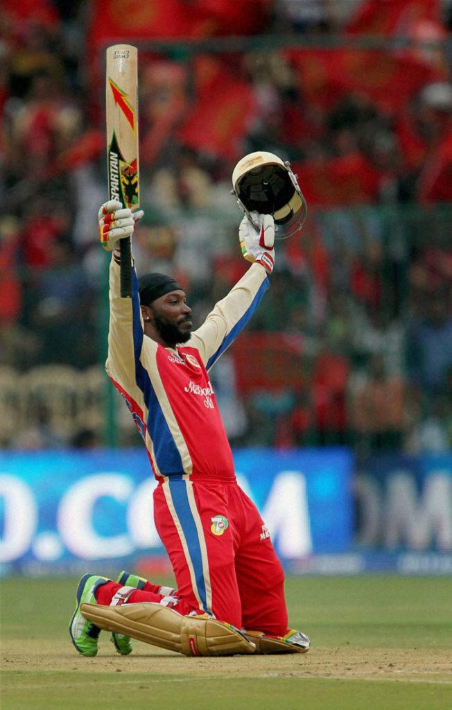 जानिए आईपीएल में खेलने वाले पांच सबसे उम्रदराज खिलाड़ी जिनकी हो चली है अब उम्र 4