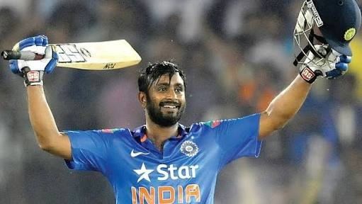 चयनकर्ताओ द्वारा बार-बार नजरंदाज किये जा रहे अम्बाती रायडू को इस टीम ने बनाया अपने टीम का कप्तान 1