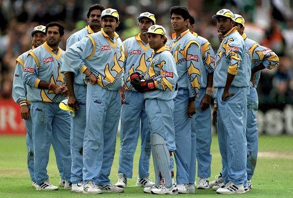 भारतीय क्रिकेट टीम ने इस तिरंगे वाली जर्सी में कभी नहीं खेला कोई अंतर्राष्ट्रीय मैच, जानिये पूरा सच 4