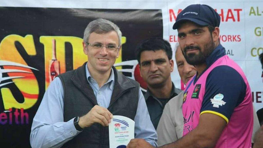कभी महज 60 रूपये में दैनिक मजदूरी करने वाला जम्मू कश्मीर का यह क्रिकेटर अब खेलेगा आईपीएल 4