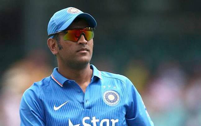 इस दिग्गज भारतीय खिलाड़ी ने भी बांधे धोनी की तारीफों के पूल, कहा धोनी की वजह से ही सफल है विराट 1
