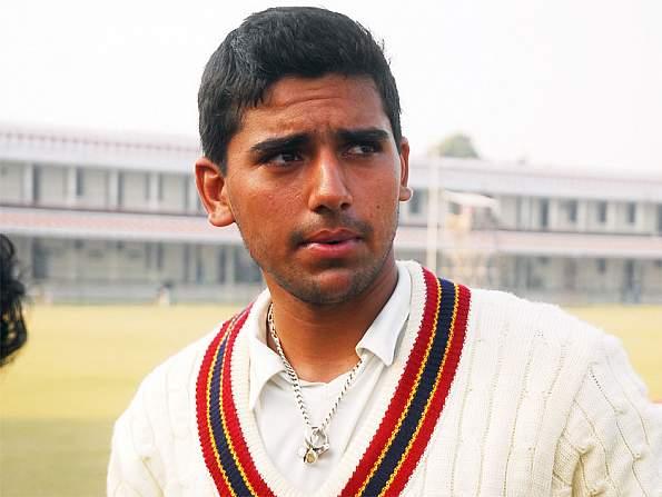 इस युवा तेज गेंदबाज को धोनी ने दी थी बस एक सलाह जिसने बदल दी इसकी जिन्दगी, इस साल आईपीएल में मिल सकती है रिकॉर्ड कीमत 2