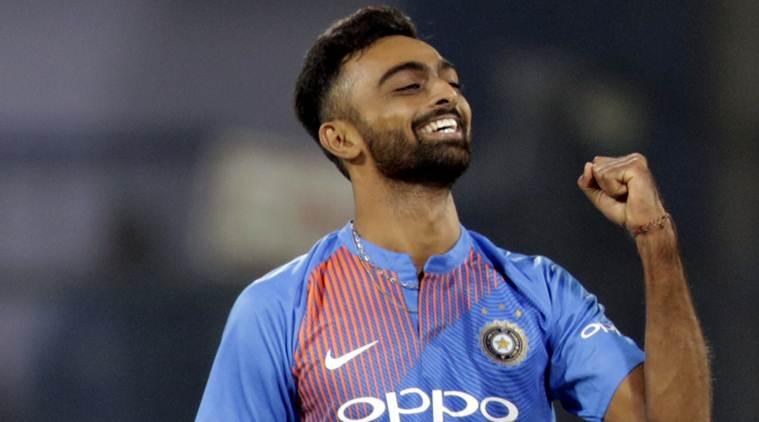 दिलीप ट्रॉफी : पहले दिन इंडिया ग्रीन ने 8 विकेट के नुकसान पर बनाये 147 रन, चमके जयदेव उनादकट 4