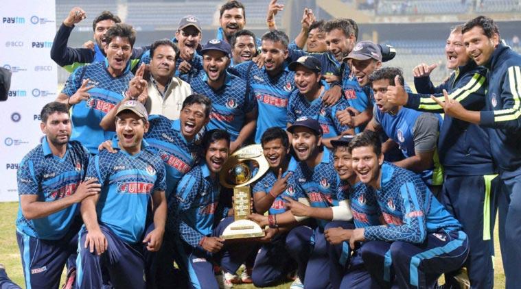 महेंद्र सिंह धोनी के बाद टीम इंडिया के दो स्टार खिलाड़ियों ने भी लिया घरेलू टी20 टूर्नामेंट से अपना नाम वापस, वजह जान हैरान रह जायेंगा आप 4