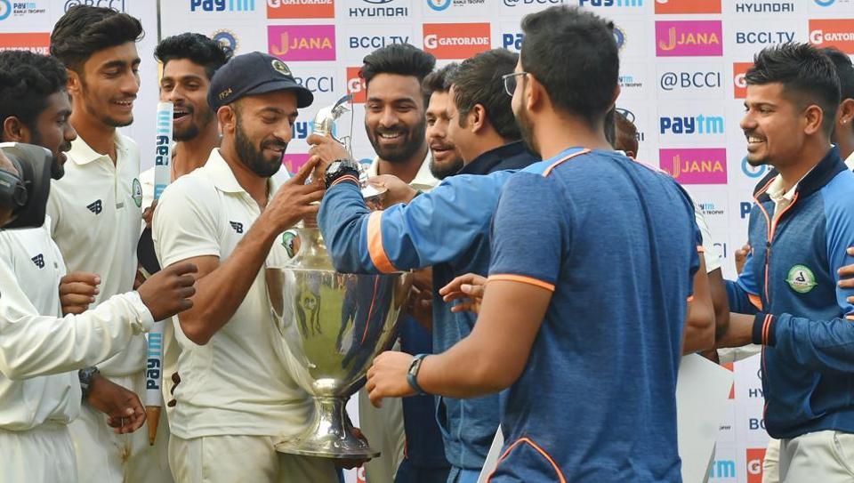 रणजी ट्रॉफी का पहला खिताब जीतने के बाद विदर्भ के कप्तान फैज फजल ने दिया भावुक बयान, भारत के लिए खेलना नहीं इसको बताया अपनी सबसे बड़ी उपलब्धि 5