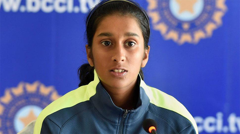 भारतीय महिला टी-20 टीम की कप्तान हरनमनप्रीत कौर इस भारतीय खिलाड़ी की हुई मुरीद 4