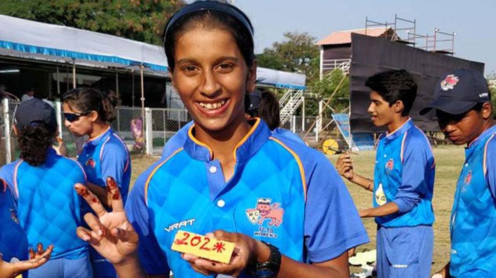 भारतीय महिला टी-20 टीम की कप्तान हरनमनप्रीत कौर इस भारतीय खिलाड़ी की हुई मुरीद 3