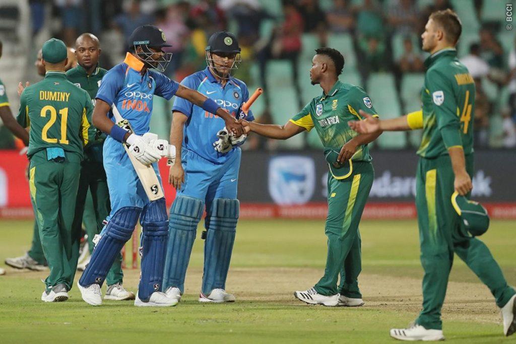 ये हैं वो 5 बड़े कारण जिनके चलते टेस्ट सीरीज जीतने के बाद भारत के खिलाफ एकदिवसीय सीरीज जीतने में नाकाम रही दक्षिण अफ्रीका की टीम 1