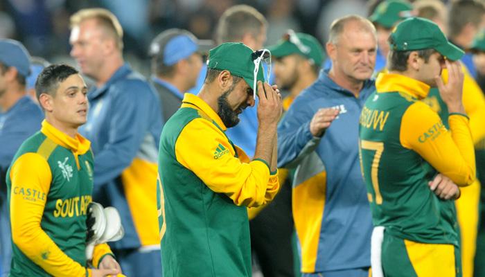 शर्मनाक- दक्षिण अफ्रीका के चौथा वनडे मैच जीतने के बाद इस स्टार खिलाड़ी को करना पड़ा नस्लीय टिप्पणी का सामना 2